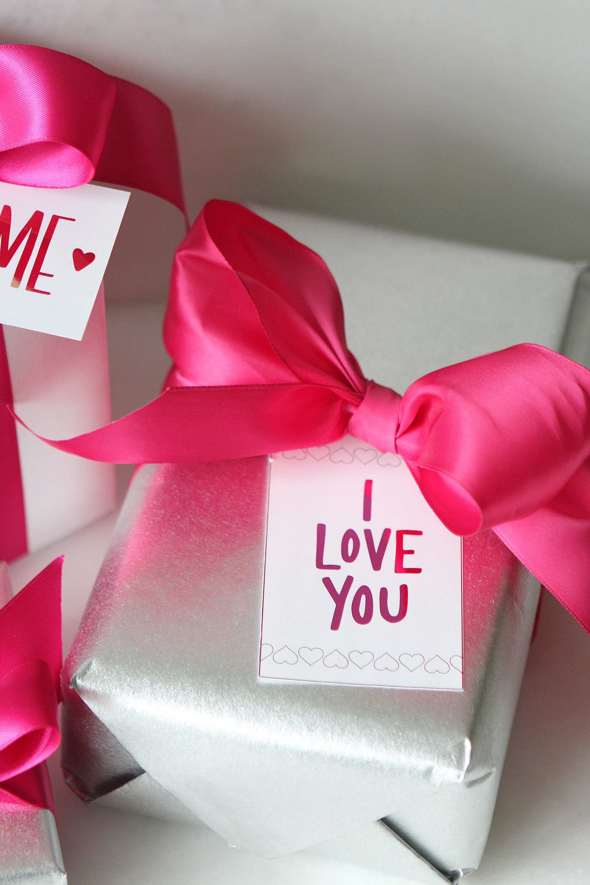 Printable Valentine\'s Day Gift Tags | For The Glitz